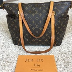 Authentic preowned lv totally mm